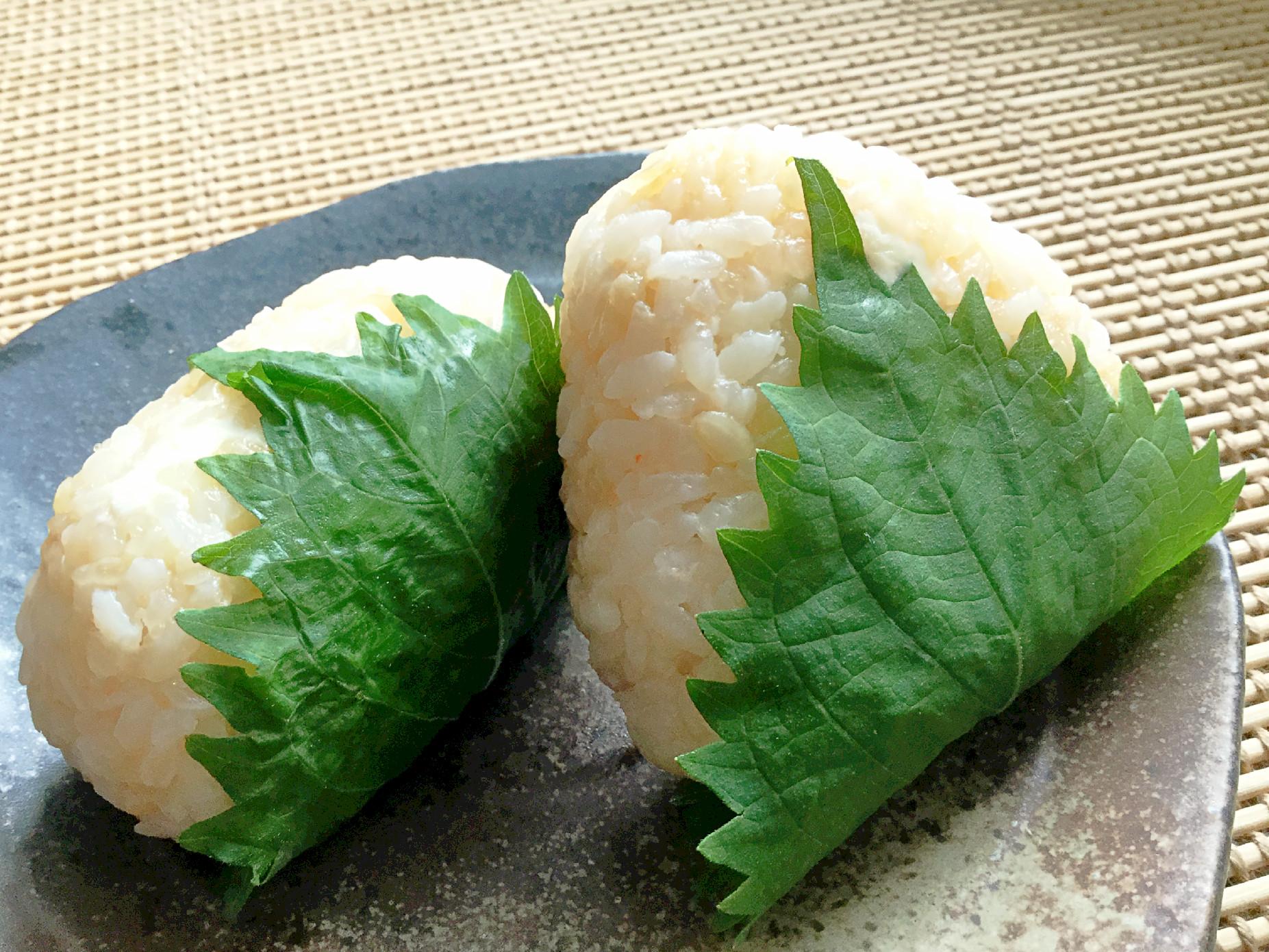 【おにぎりの具】チーズ入り!タラマヨ&大葉おにぎり